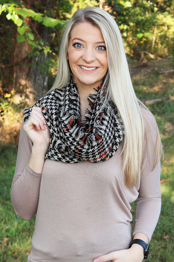 Alabama Autumn Infinity Scarf, Black