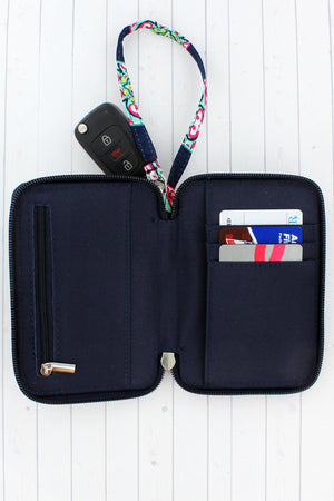 Preppy Ellie with Navy Trim Quilted Wristlet #ELE495-NAVY