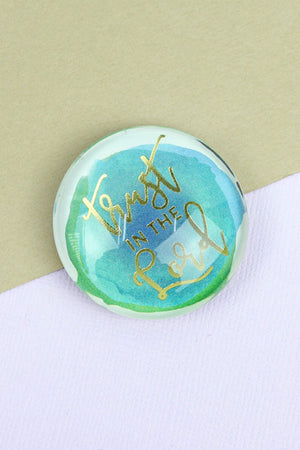 Trust The Lord Glass Round Magnet