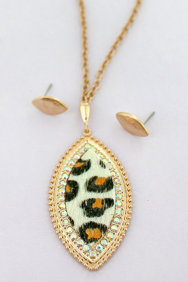 Goldtone and Crystal Trimmed Snow Leopard Marquise Necklace and Earrings Set