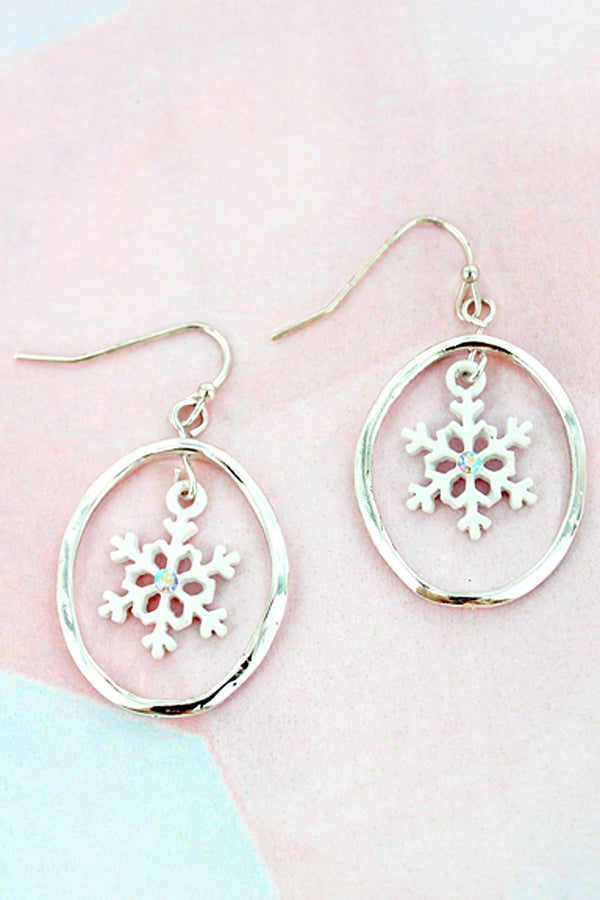 White Snowflake and Silvertone Oval Earrings