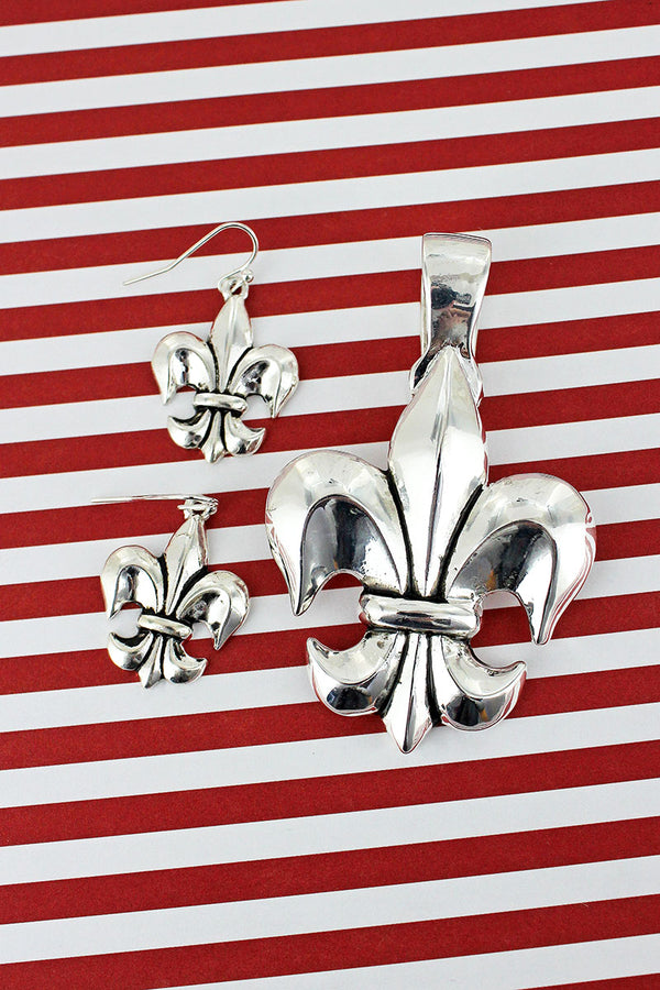 Silvertone Fleur De Lis Pendant and Earrings Set