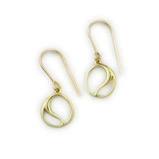 Copy of 9ct Yellow Gold Flourish Knot Classic Earrings by Ortak