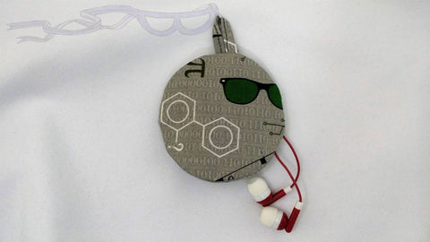 Geeky Ear bud holder