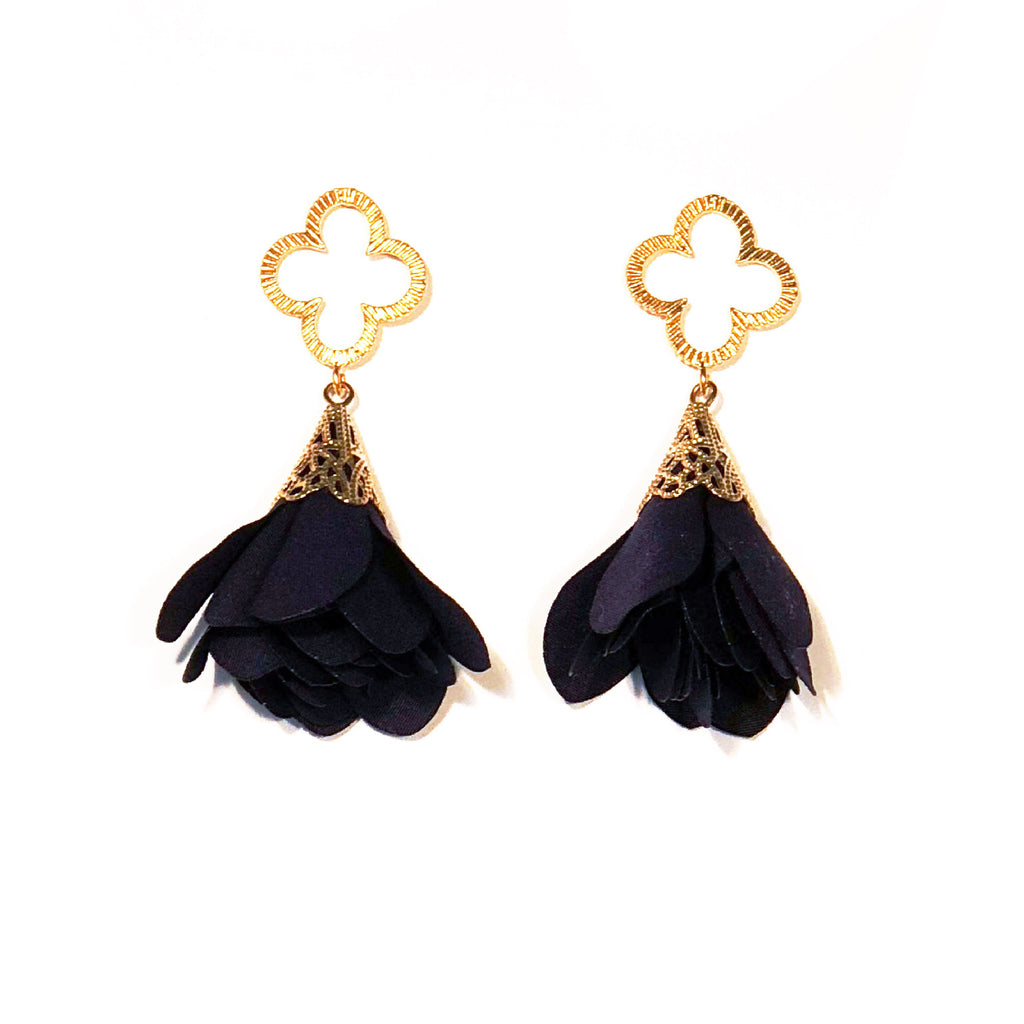 Tess Petal Quatrefoil Earrings - Navy Blue