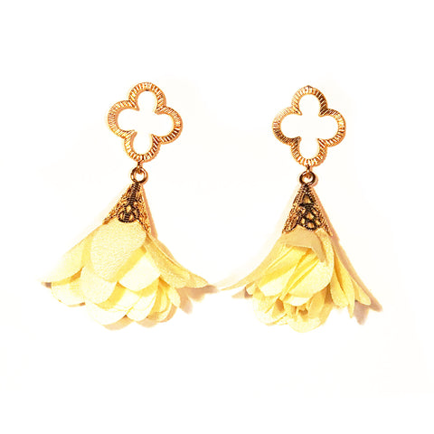 Tess Petal Quatrefoil Earrings - Yellow