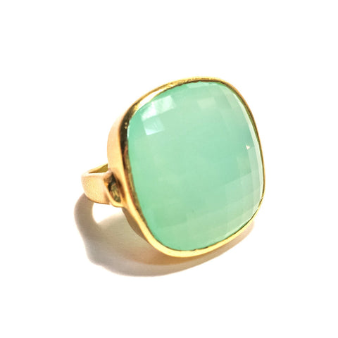 Petal Ring in Chalcedony