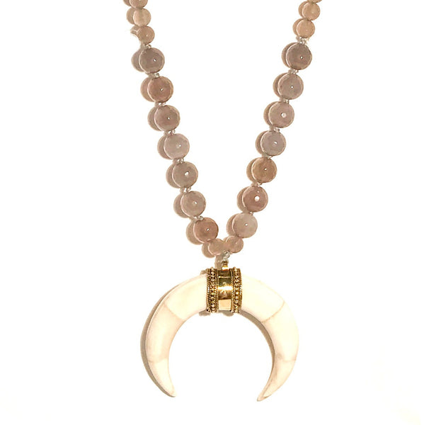 HN 201 Short Length Double Horn Necklace in Gray Agate