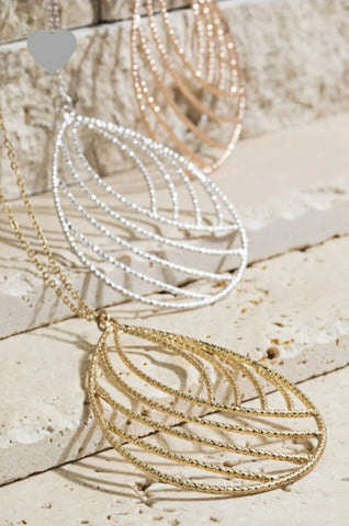 KEEP IT SIMPLE Filigree Diamond Cut Necklace