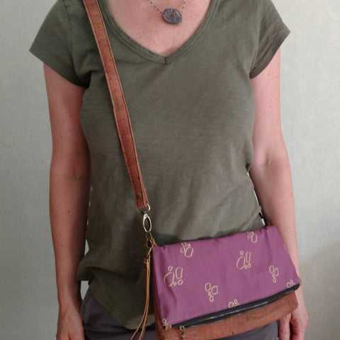 vegan, cruelty-free cross body bag with organic cotton fabric and natural cork