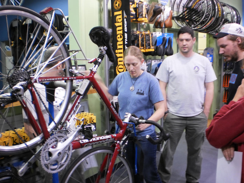 PARK TOOL SCHOOL BICYCLE SERVICE & REPAIR CLASS FOR REGULAR & ELECTRIC BIKES