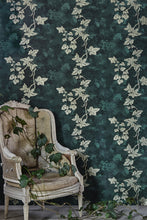 Load image into Gallery viewer, Ivy - Deep Green Wallcovering