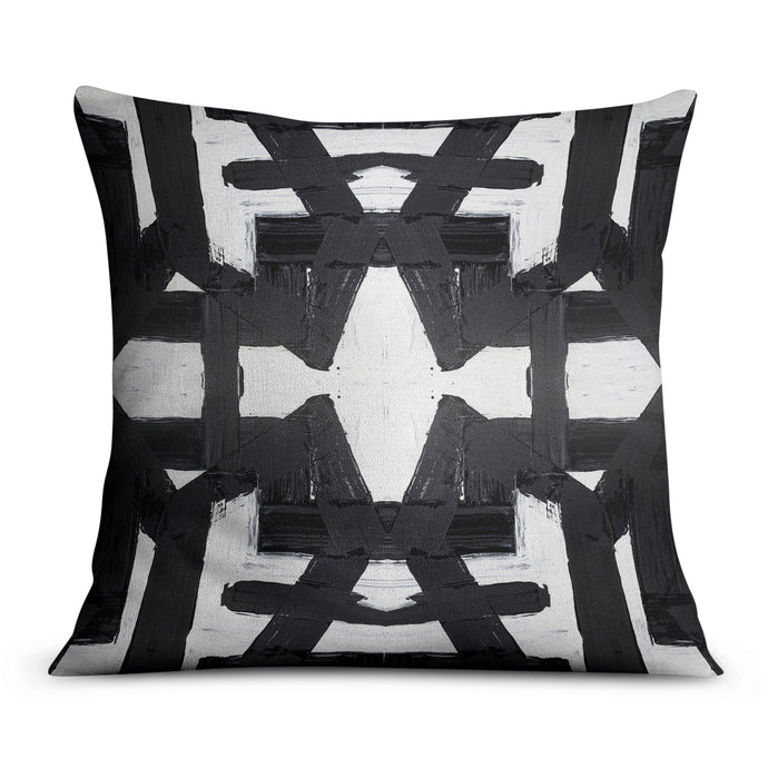 82113 Black White Pillow