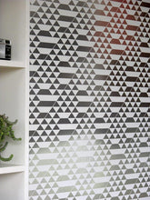 Load image into Gallery viewer, Teepee White Silver Wallcovering