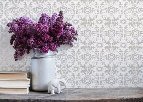 FLEUR DE SEL in Pebble Wallcovering