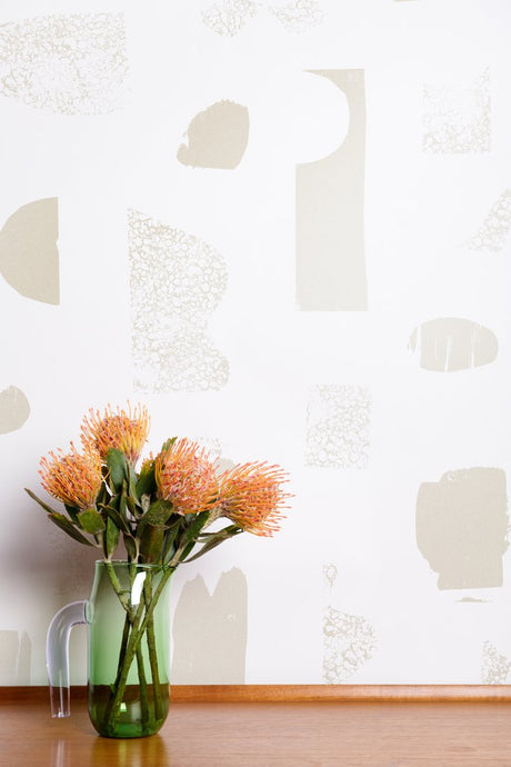 Silhouettes - Champagne on Cream Wallcovering