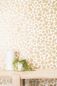 Hoya Gold on Cream Wallcovering