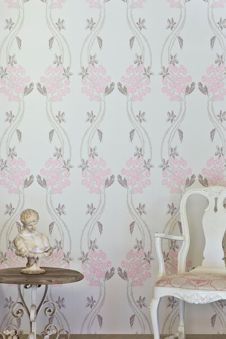 Autumn Berry - Vintage Pink Wallcovering