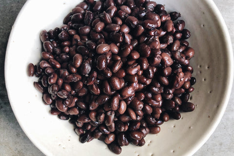 Flourist Black Beans: A Cooking Guide