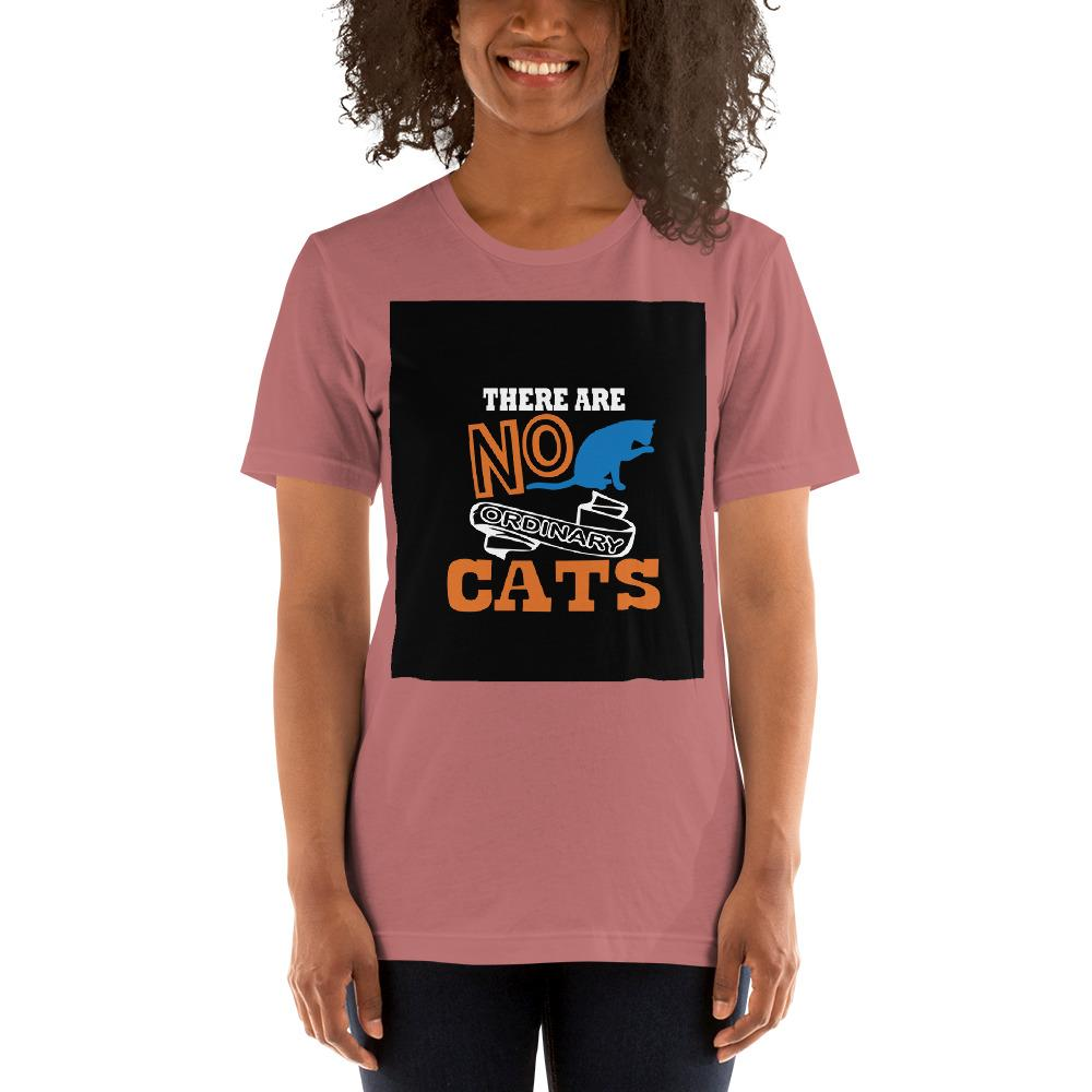 There are no ordinary cats Women's T-Shirts Chiro's Mauve S