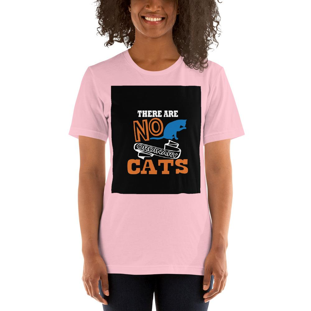 There are no ordinary cats Women's T-Shirts Chiro's Pink S