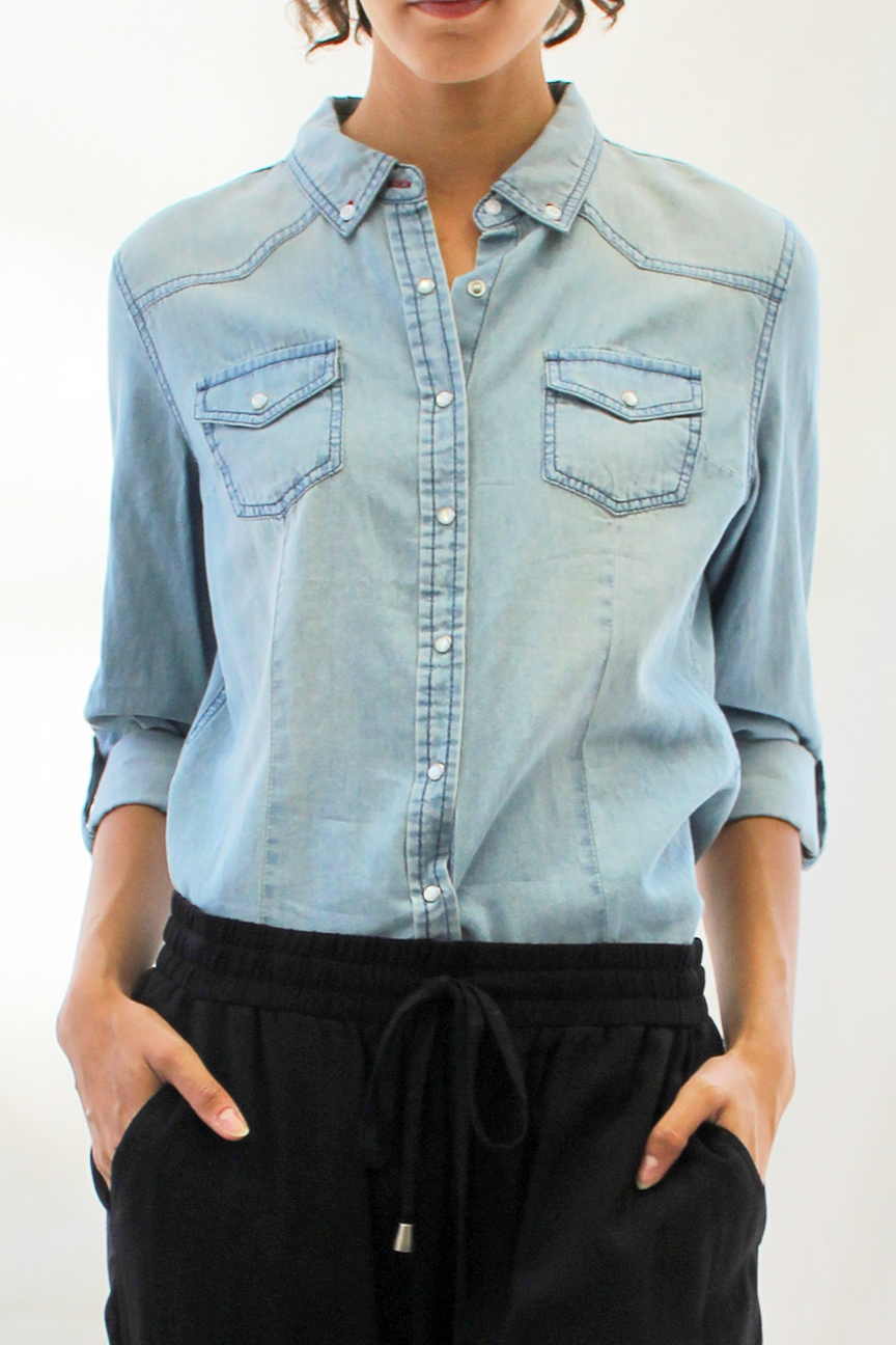 pearl snap chambray - medium wash