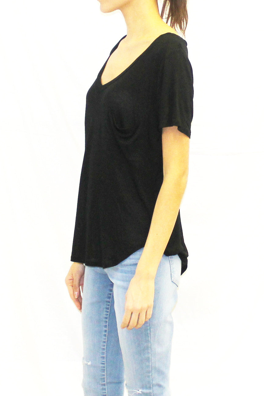 Relaxed Curved Hem V-Neck Pocket Tee (Black / Charcoal / Blue)