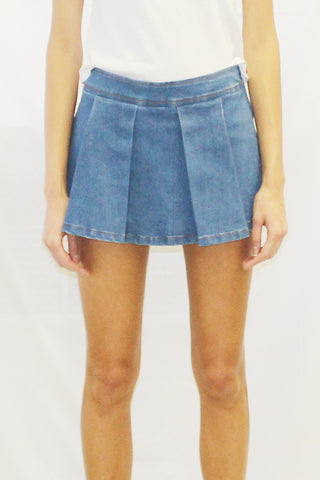 Front Pleated Scooter Denim Mini Skirt (Medium Wash / Dark Wash)