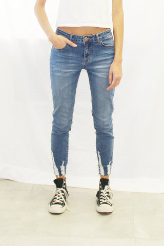 Shredded Hem Ankle Skinny jeans