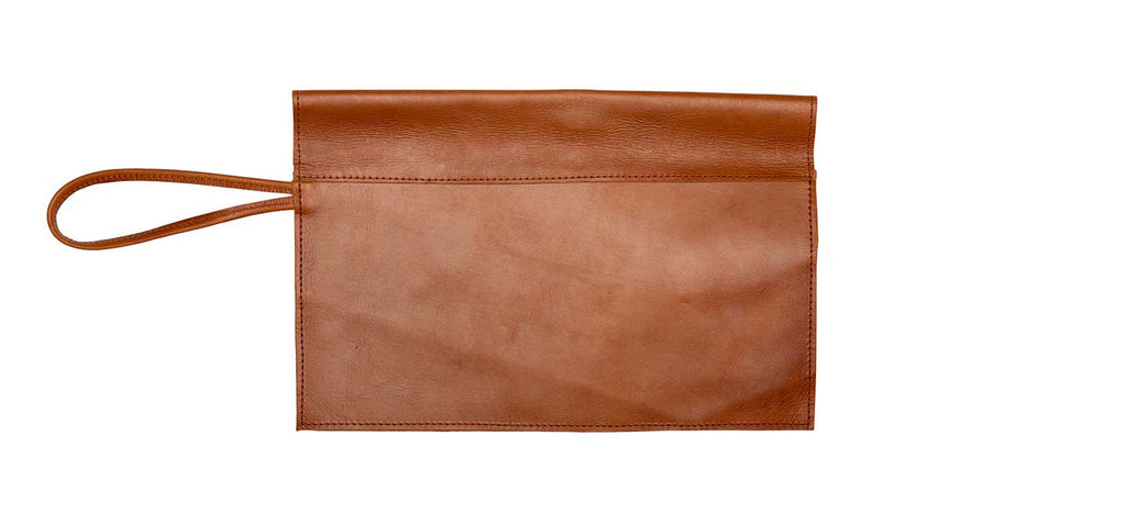 VAGABOND > Azeb Clutch > Brown (back) *fit