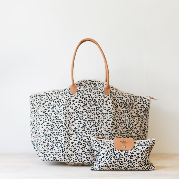 Leopard Weekender 2-in-1 Bag