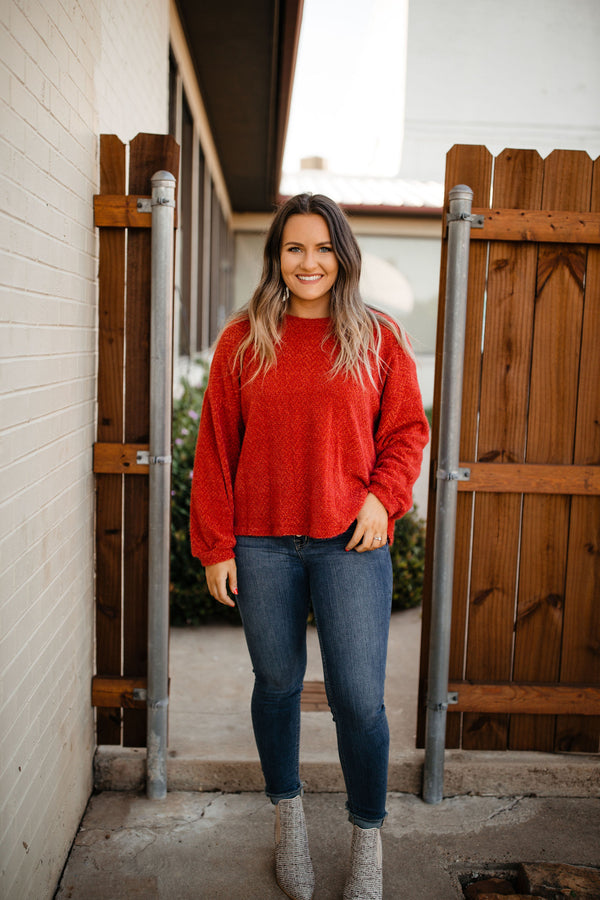 Fluffy crew neck sweater in rust