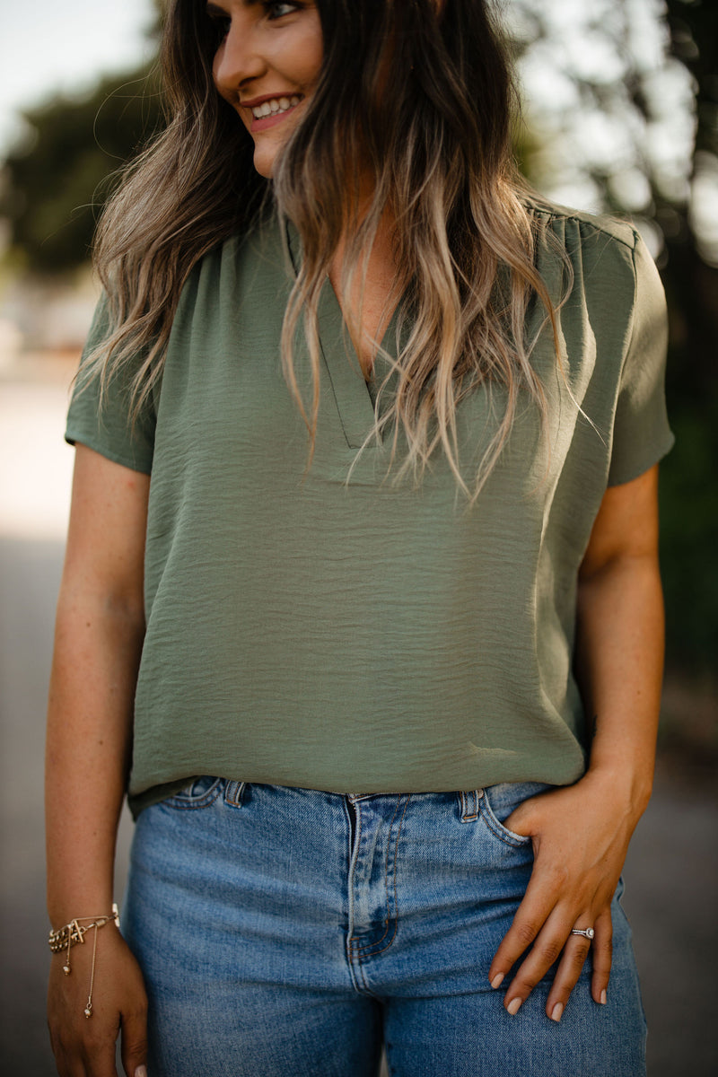 'Simple Favor' Top - Olive