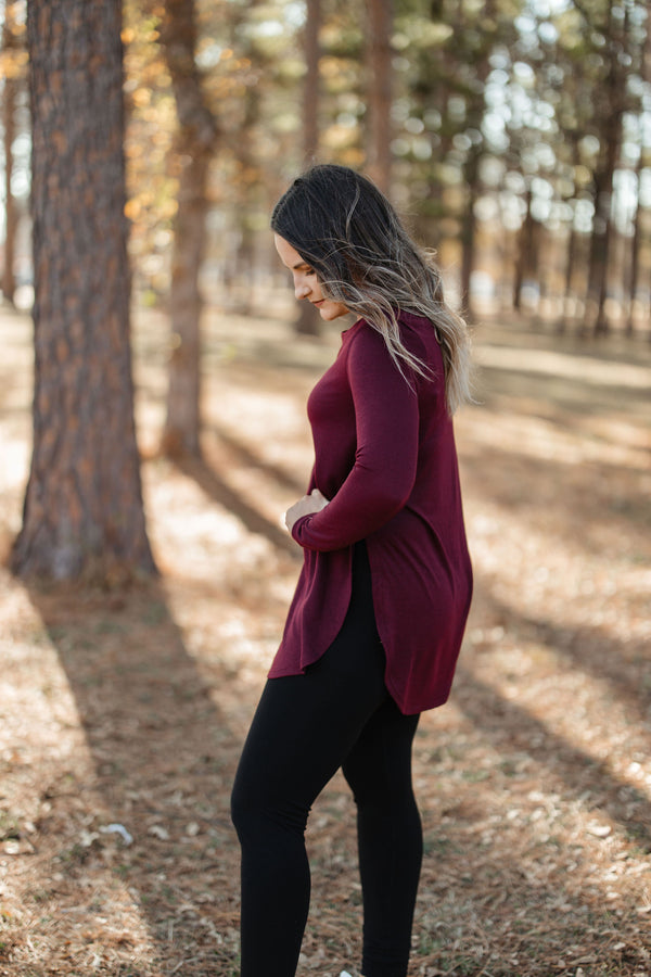 'Step On Up' Top - Burgundy
