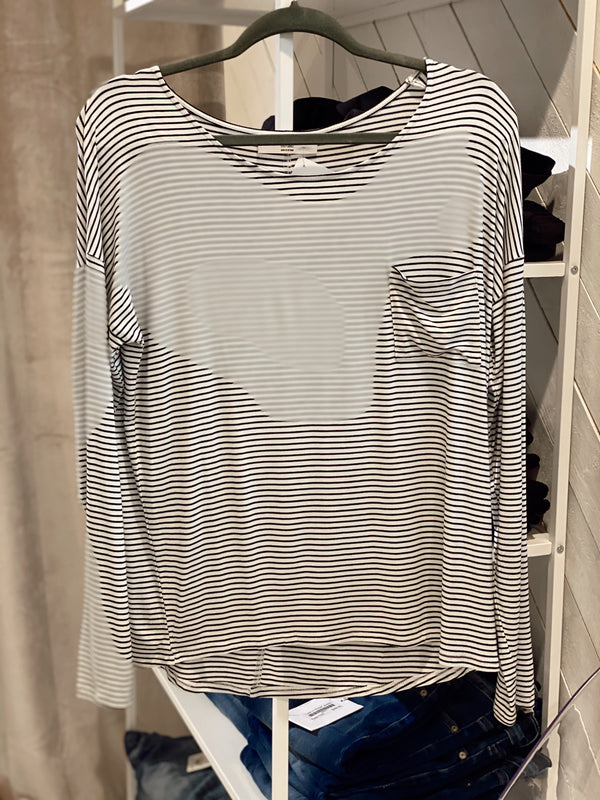 'Simple Wonders' Top - White/Black Striped