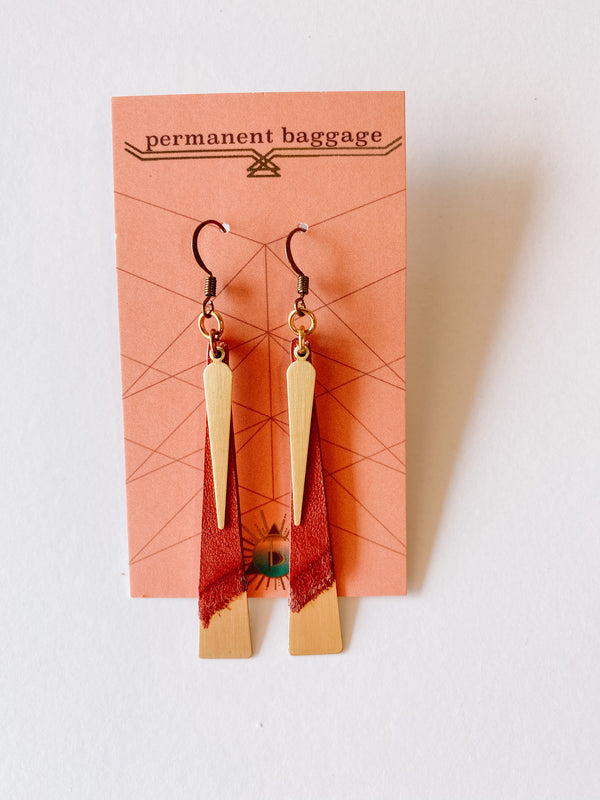 Leather Slim Brass Earrings - Blush