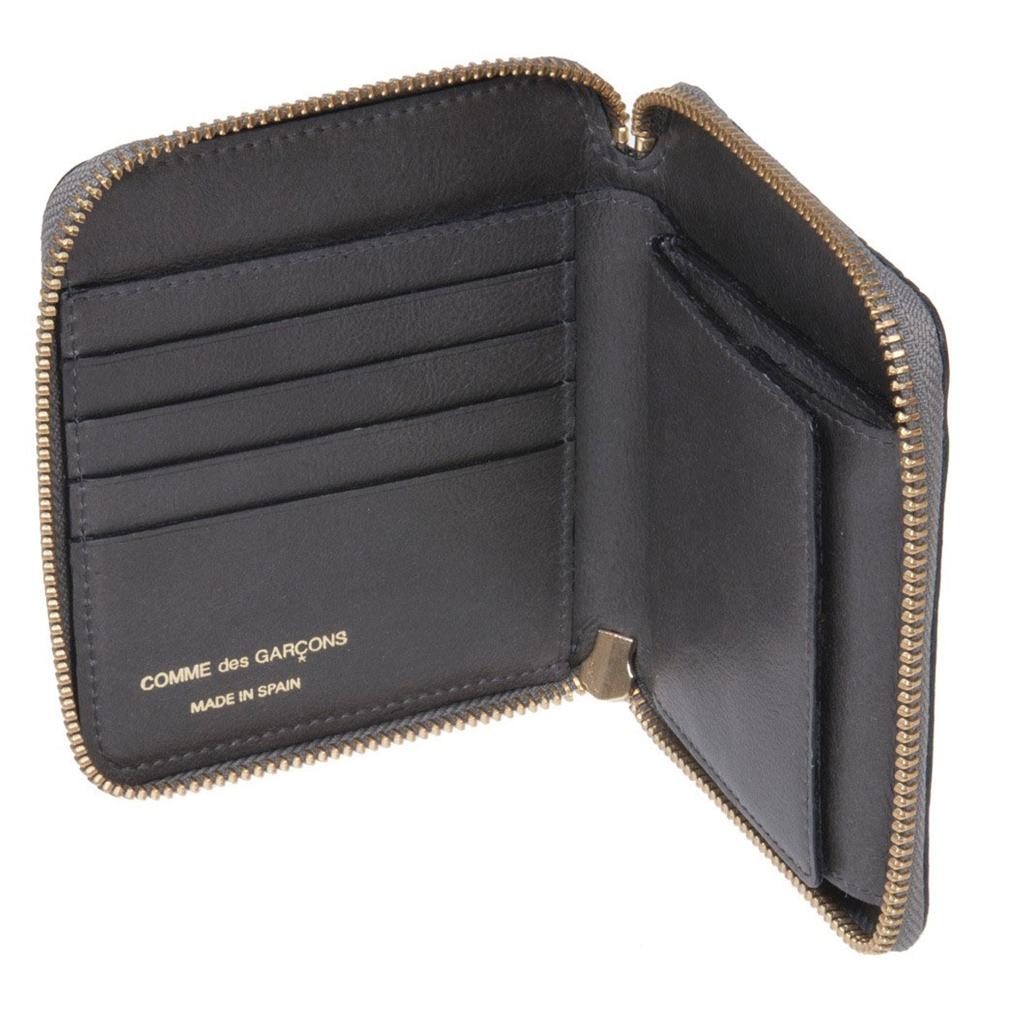 Embossed Stitch Line Wallet