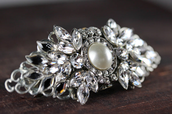 Classic Pearl Cluster Headpiece
