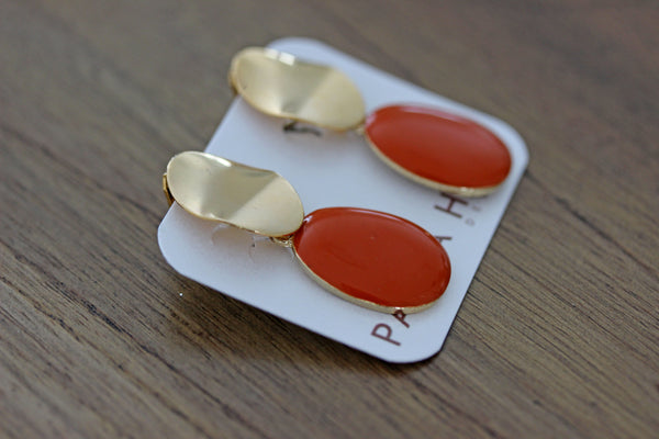 Clip-On Opaque Orange Drops