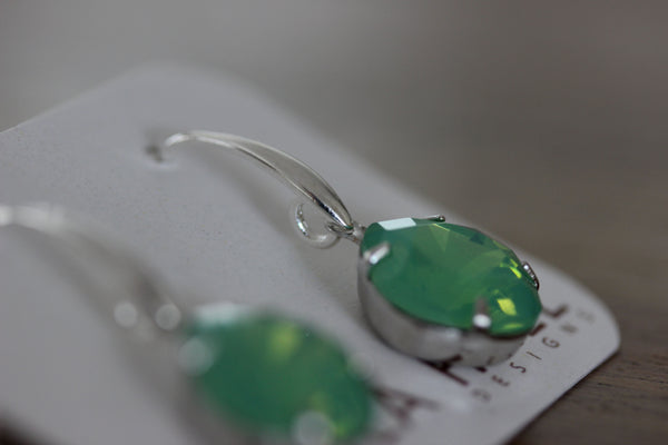 Solitaire Drops in Pacific Opal