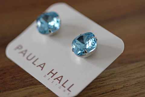 Solitaire Studs in Aqua