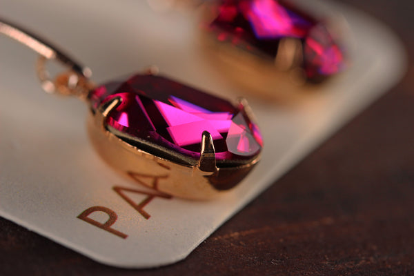 Solitaire Oval Drops in Fuchsia
