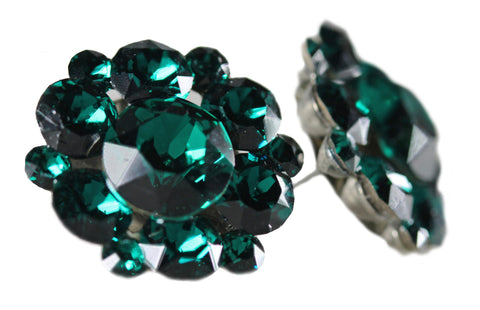 Stud Clusters in Emerald
