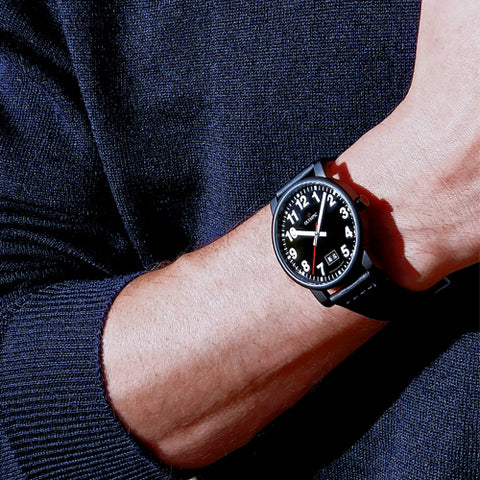 Unisex black stylish watch from the  Bauen Collection