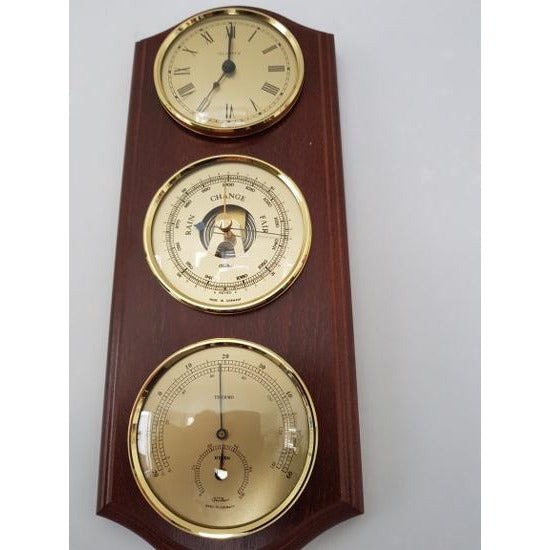 Wall Mounted  Weatherstation with Clock