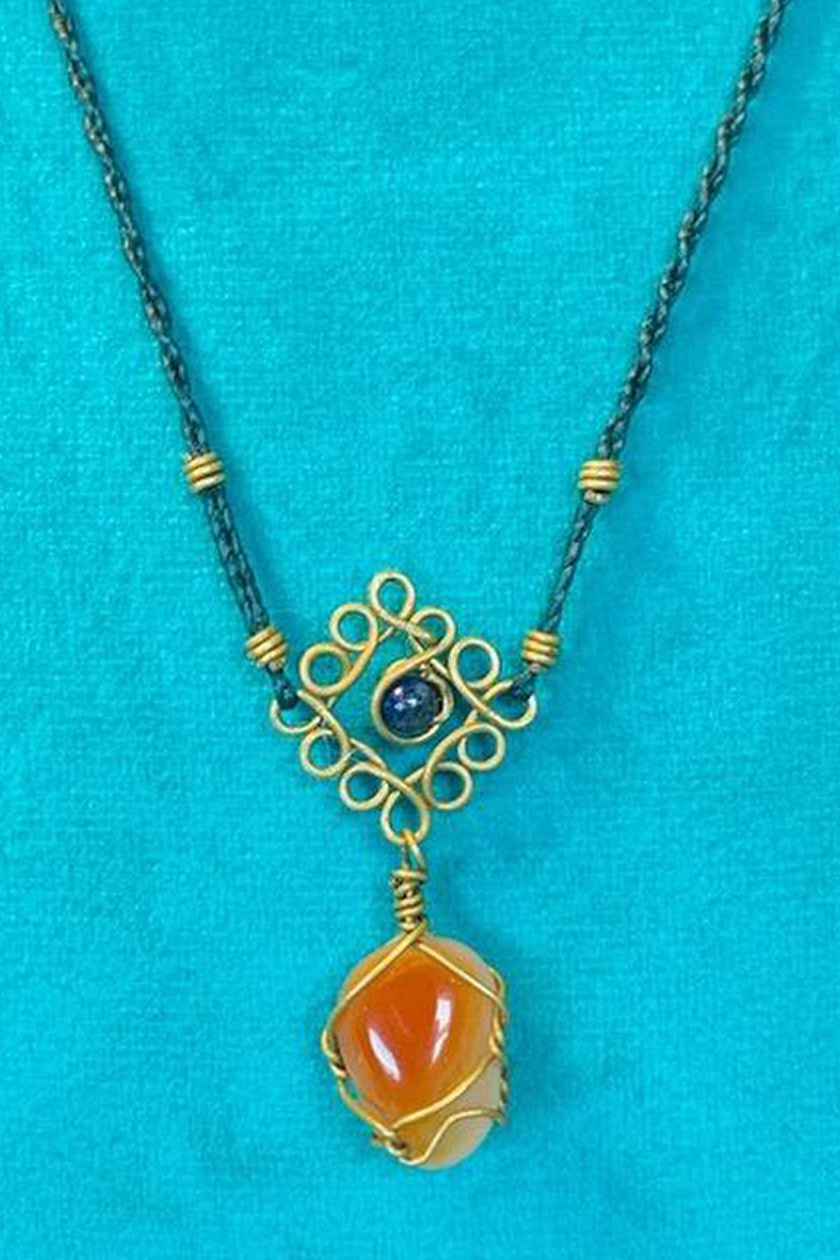 Mandala Necklace - Apricot Agate With Green