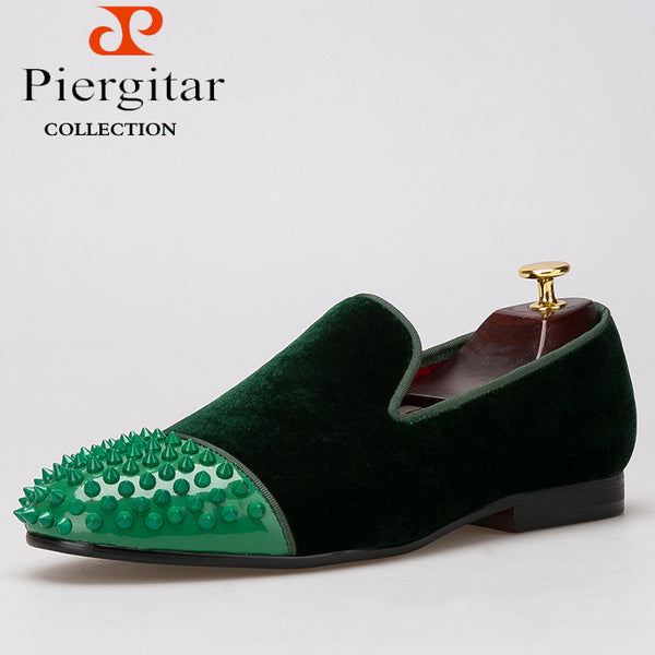 PIERGITAR new style Handmade men velvet shoes with Rivet Leather Toe Fashion men's casual loafers smoking slipper men's flats