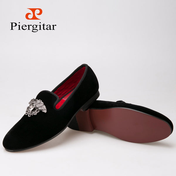 Fashion men loafers with Silver Face buckle handmade High-grade party and wedding men velvet shoes men dress shoe men's flats