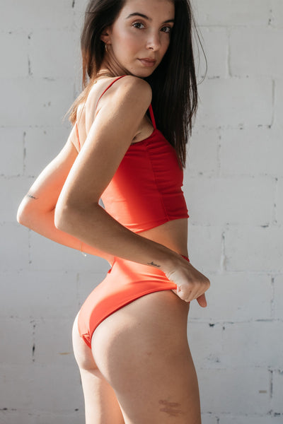 Bettina Bottom / Red