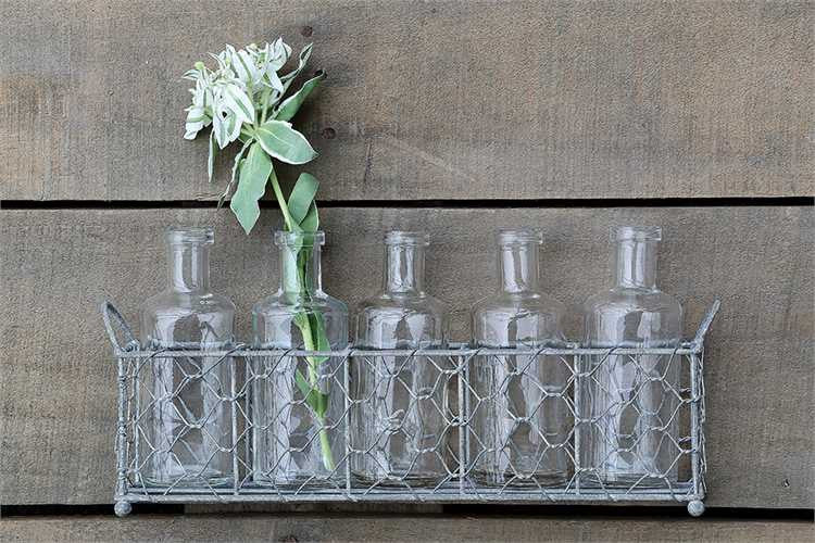 Wire Holder With 5 Glass Bottlesvases Wicker Hill
